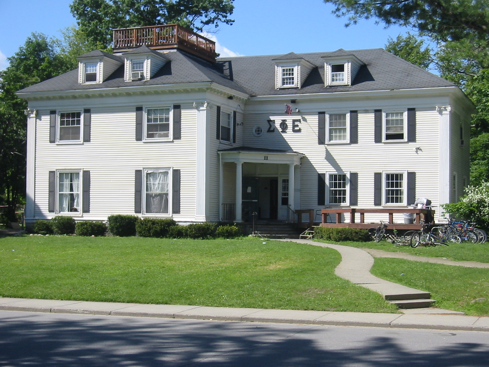 Historic Sigma Phi Epsilon House at Dartmouth before demolition