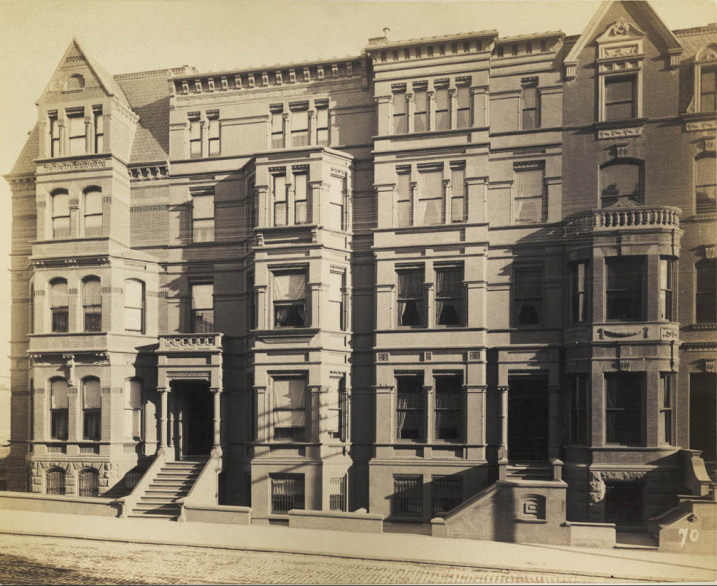 Levy photo of L&#038;W houses, from SAIC